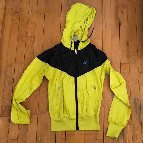5d6dc24a2 Nike Jackets & Coats | Running Waterproof Jacket | Poshmark